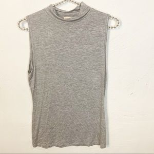 Zenana Outfitters l Grey Mock Neck Sleeveless Top